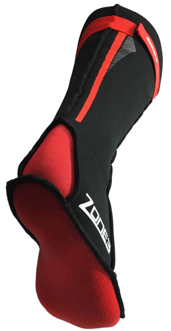 La bajo-suela también está hecha de una tela duradera y con agarre para  ayudar a la protección y el control al caminar hacia o desde el agua ya sea  por mar 7925466f099